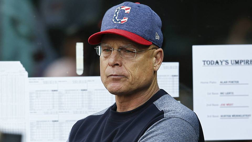 What does an MLB bench coach do? Indians' Brad Mills explains his role