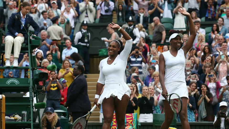 serena-williams-venus-williams-ftr-012717.jpg