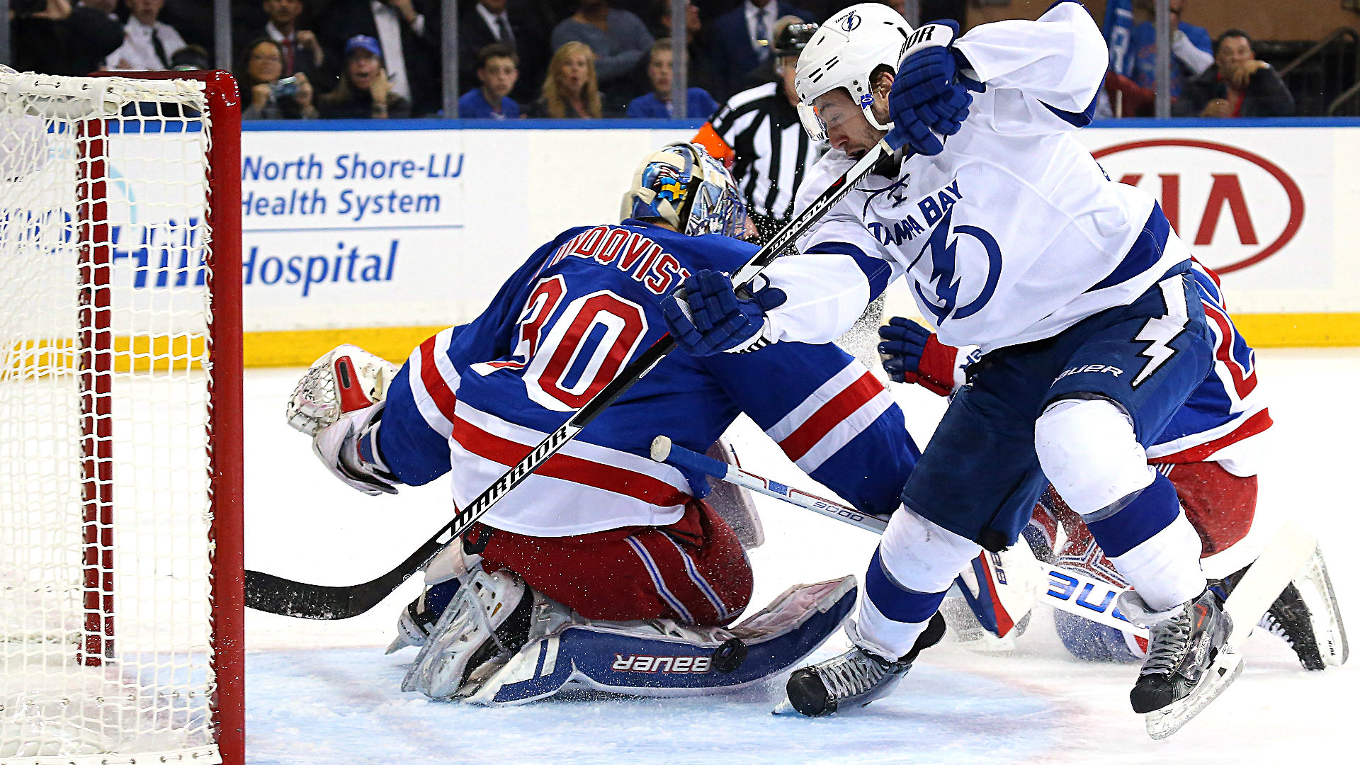 Rangers vs. Lightning Game 3 odds and betting analysis – Total rises after offensive outburst
