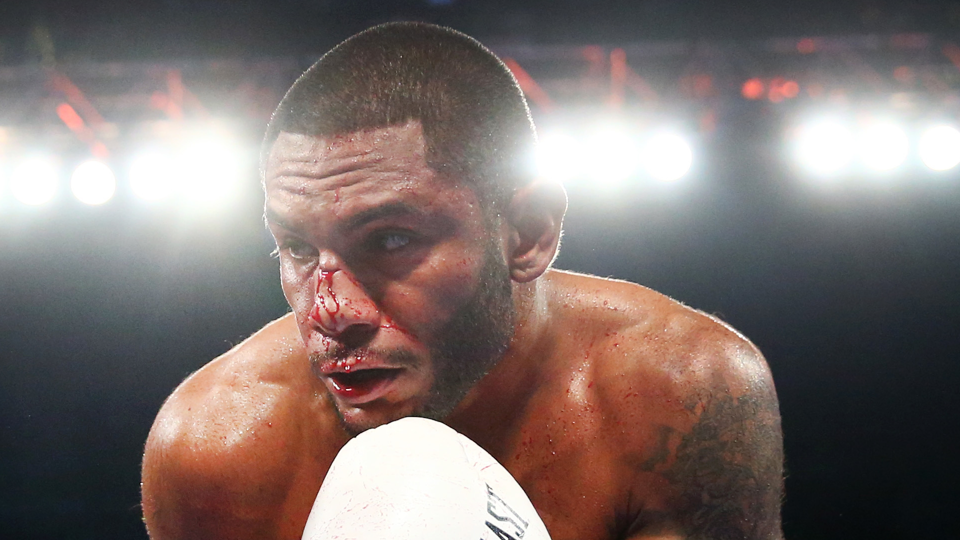 Andrew Cancio stuns Alberto Machado with fourth-round TKO to take WBA super featherweight title
