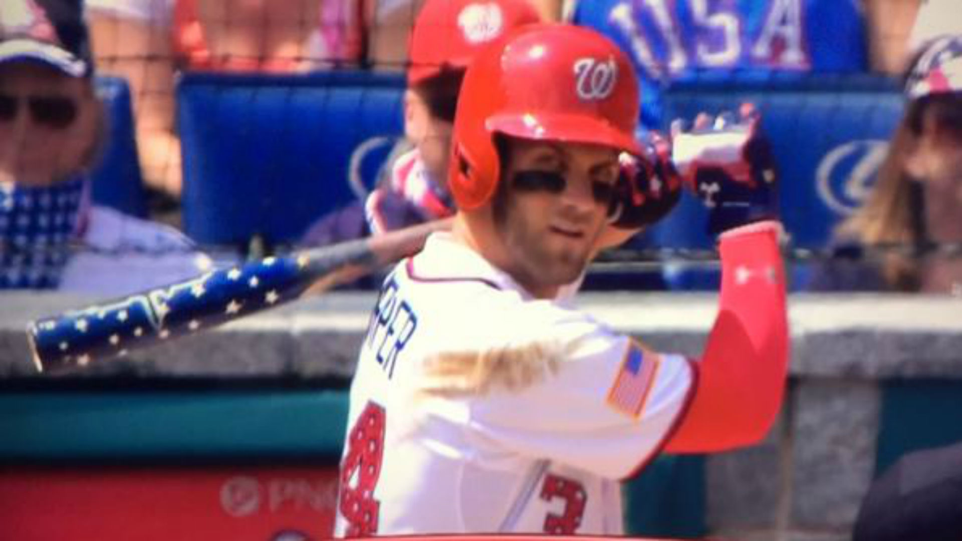 Bryce Harper pulls out star-spangled bat, blasts home run
