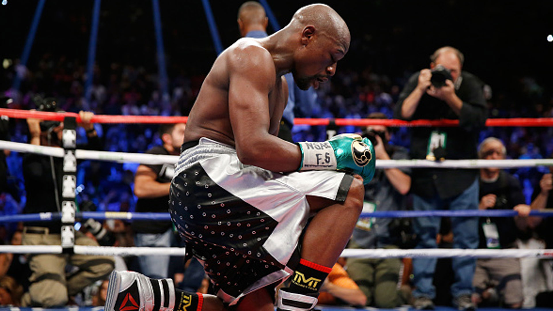 what is sharp money boxing live results