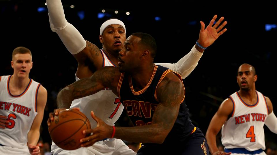 LeBron-James-Carmelo-Anthony-Getty-FTR-111315