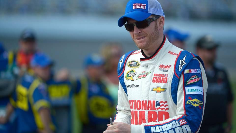 NASCAR-Earnhardt13-040114-AP-FTR