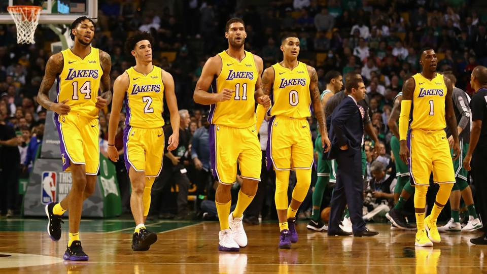 ingram-ball-lopez-kuzma-caldwell-pope-lakers-ftr-121517.jpg
