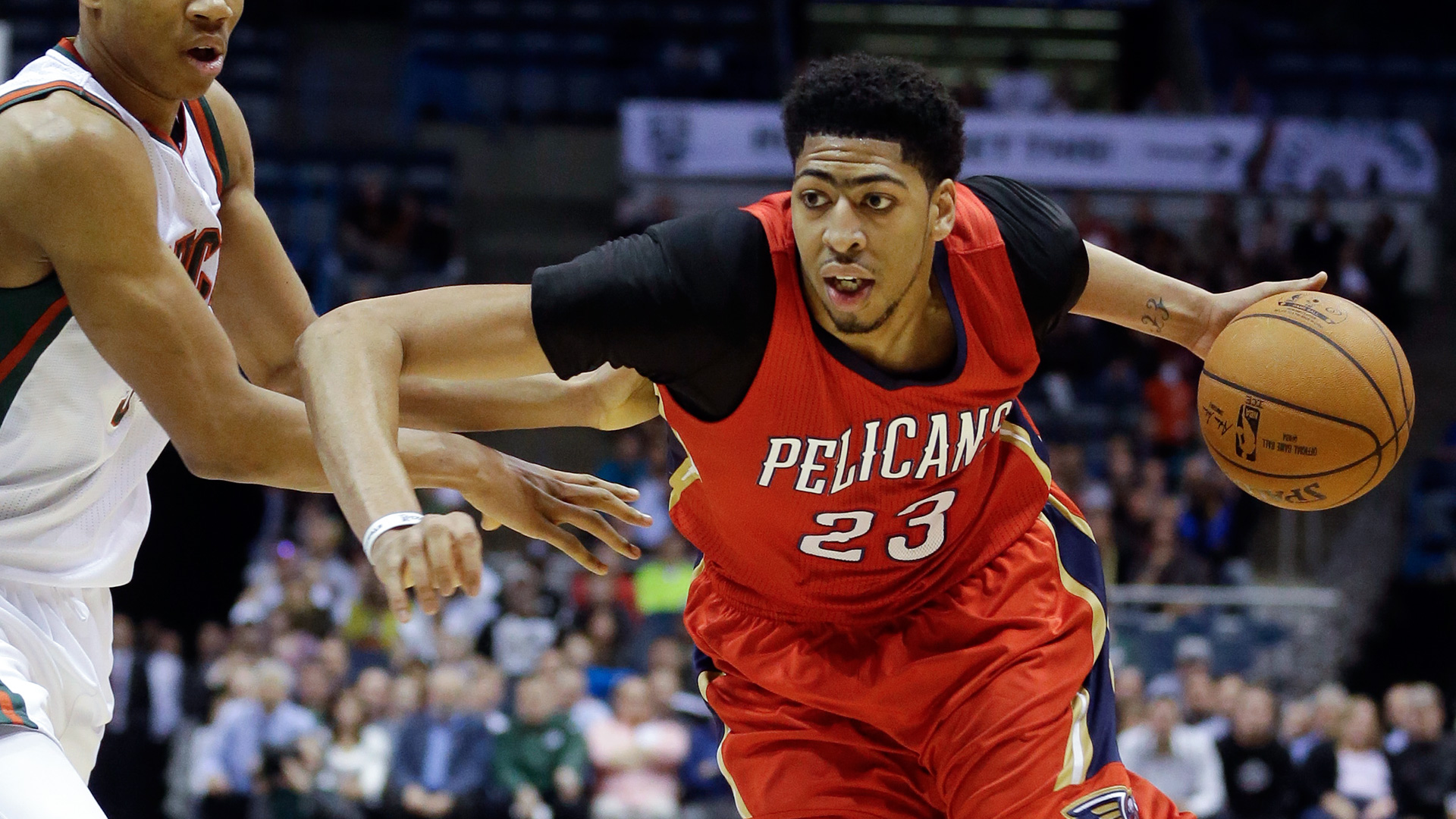 Anthony Davis signs maximum contract extension with ...