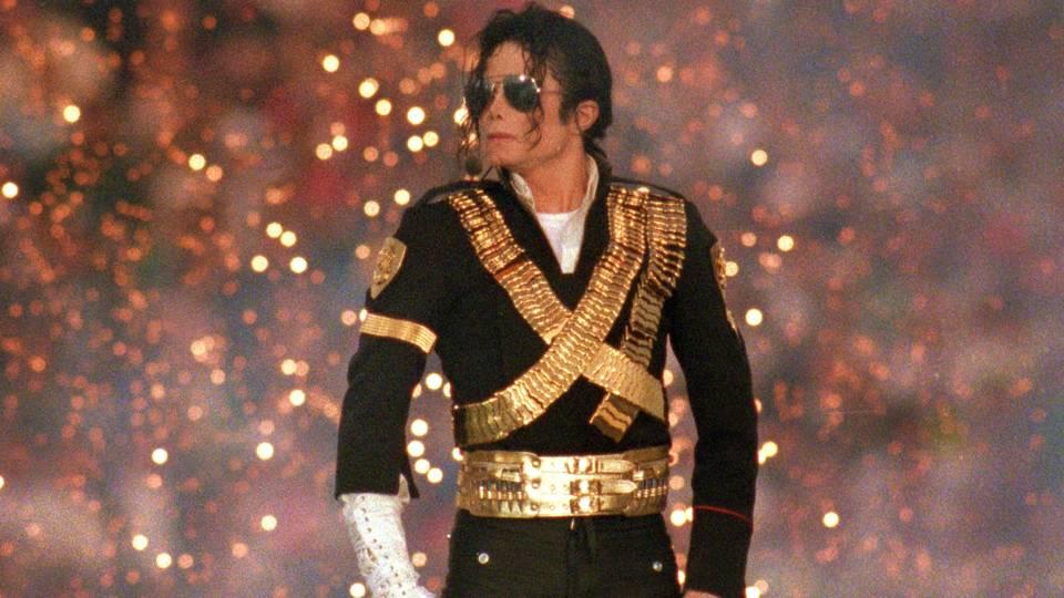 Michael Jackson FTR.jpg