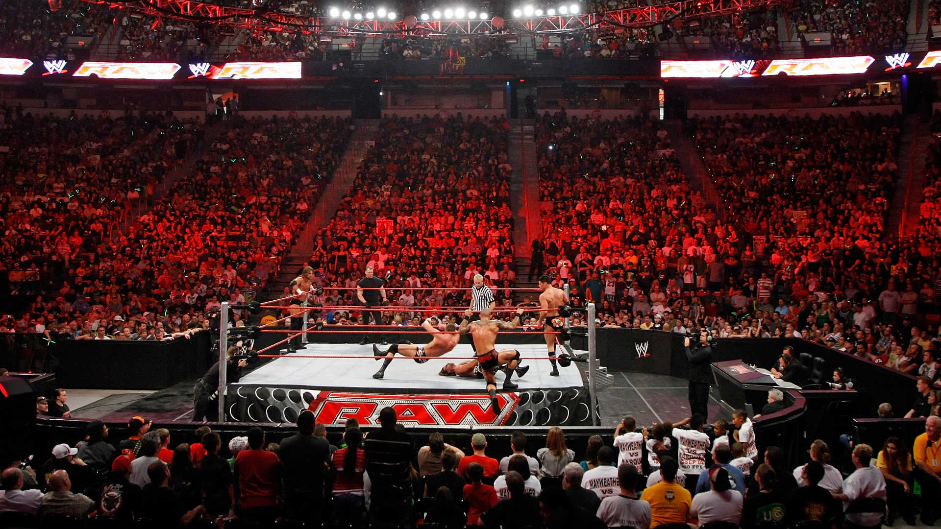 Wwe Shakes Up Announcer Teams For Raw And Smackdown Wwe