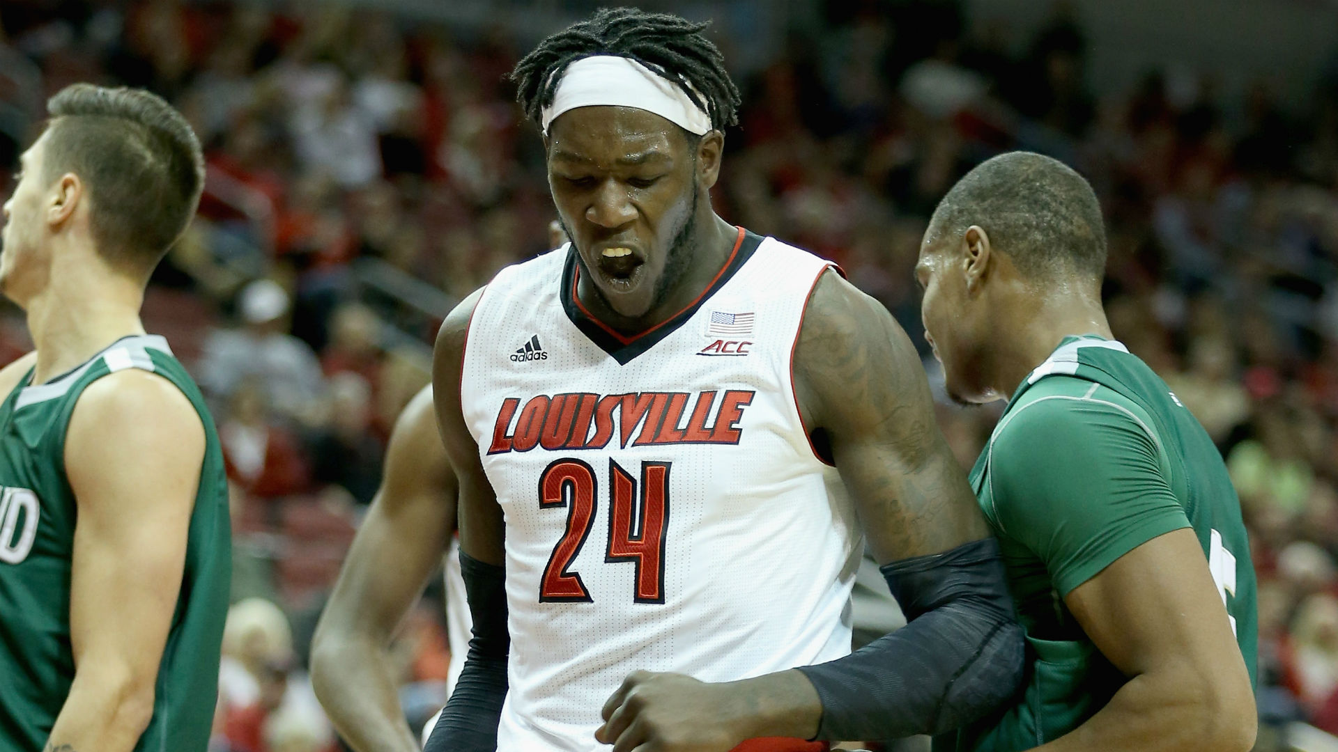NCAA Tournament odds - Louisville climbing Vegas board