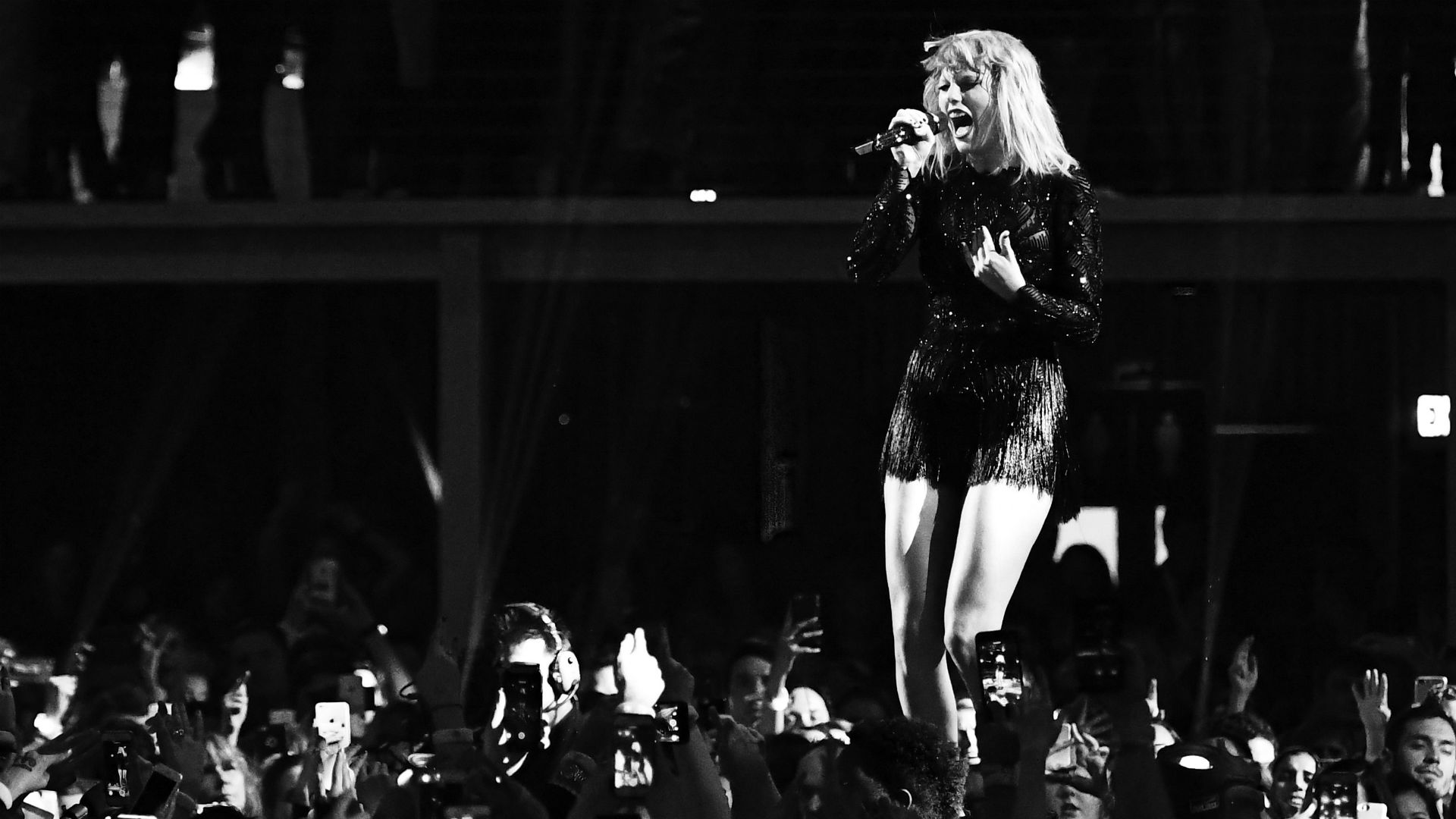 Taylor Swift to Perform at College Football National Championship Halftime