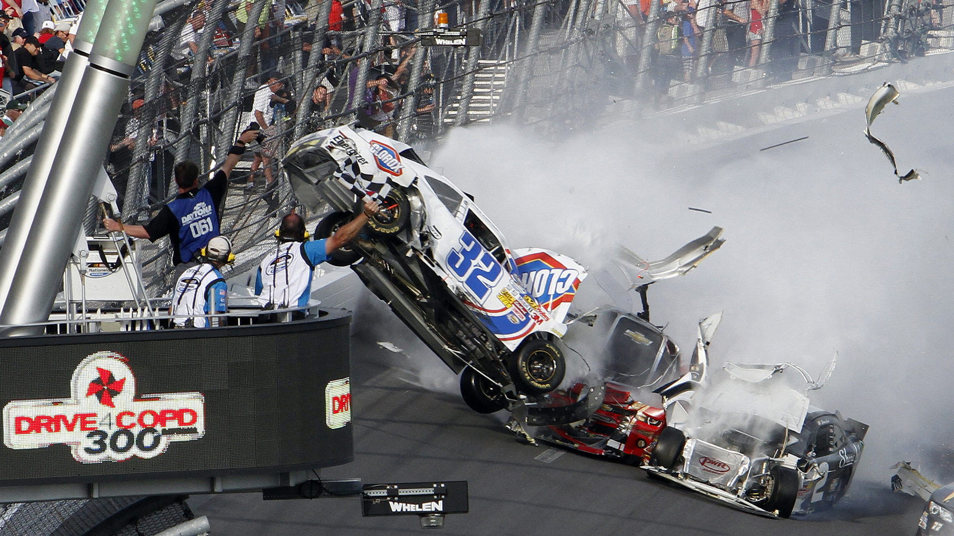 Kyle Larson crash-112613-AP-FRT.jpeg