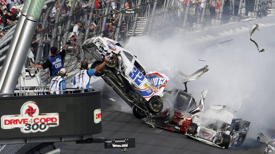 Kyle Larson crash-112613-AP-FRT.jpeg