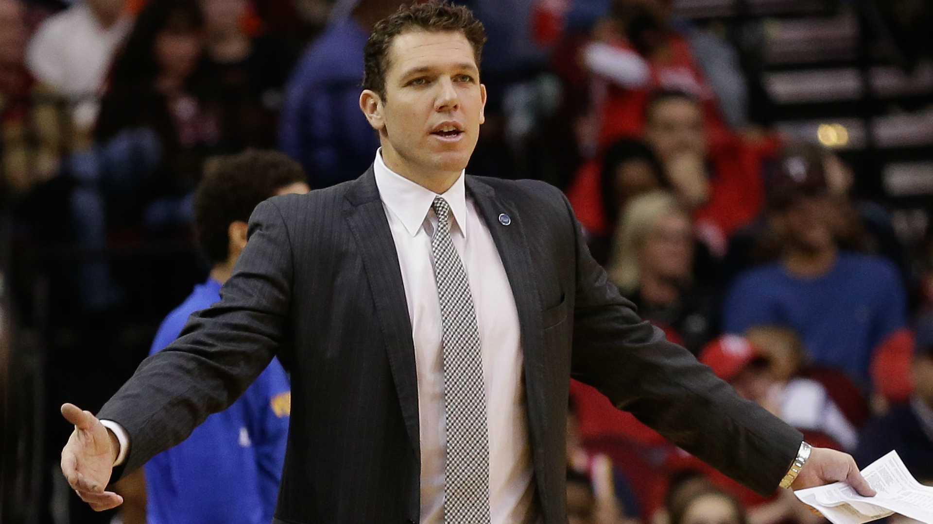 luke-walton-getty-ftr-022516_8zdyn1d4ne3
