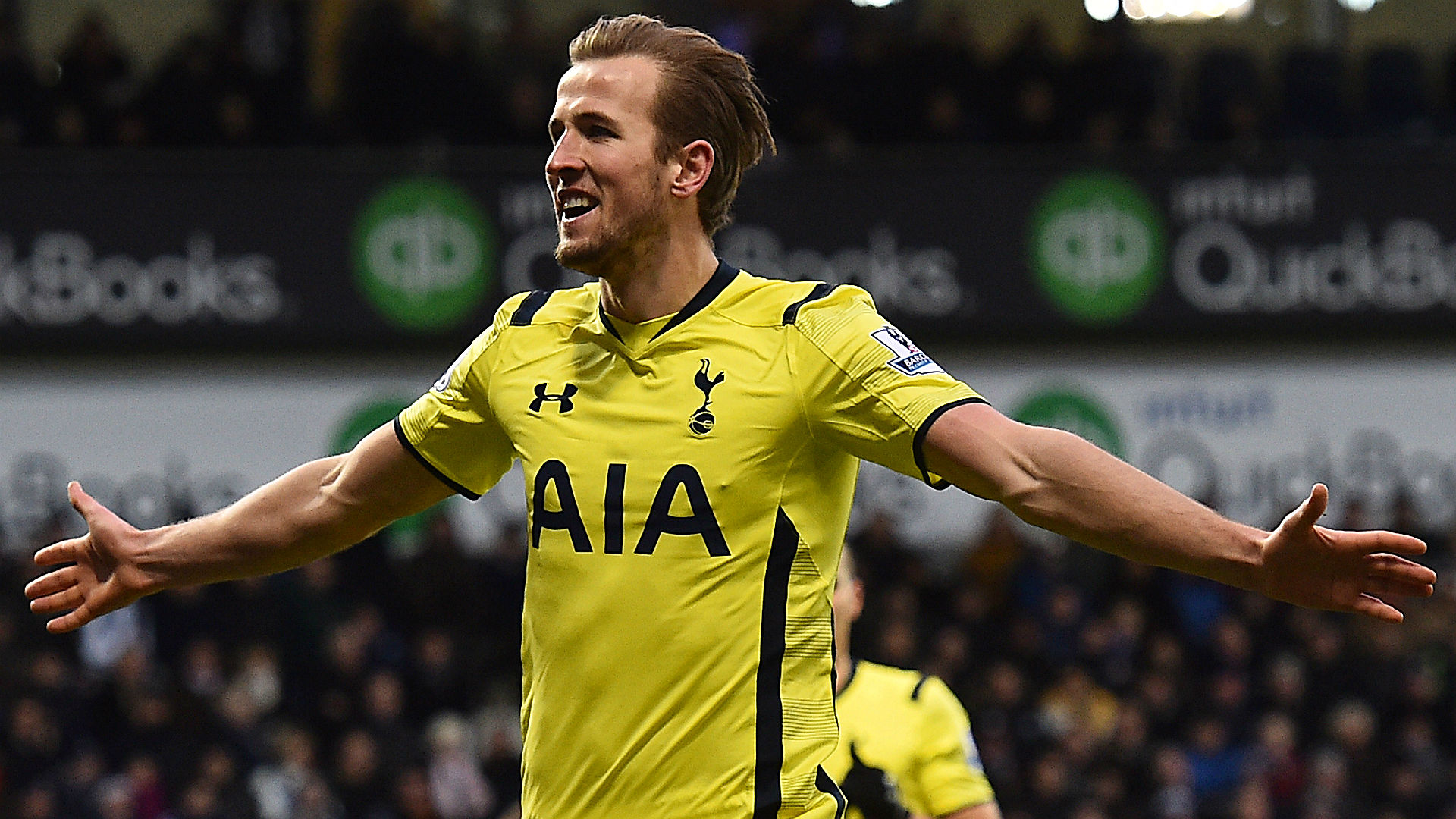 Liverpool  vs. Tottenham betting lines and pick – Spurs roll into Merseyside