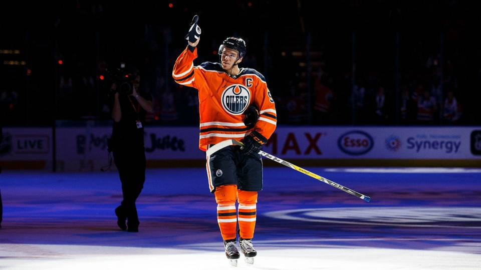 Connor-McDavid-Oilers-FTR-102017-Getty