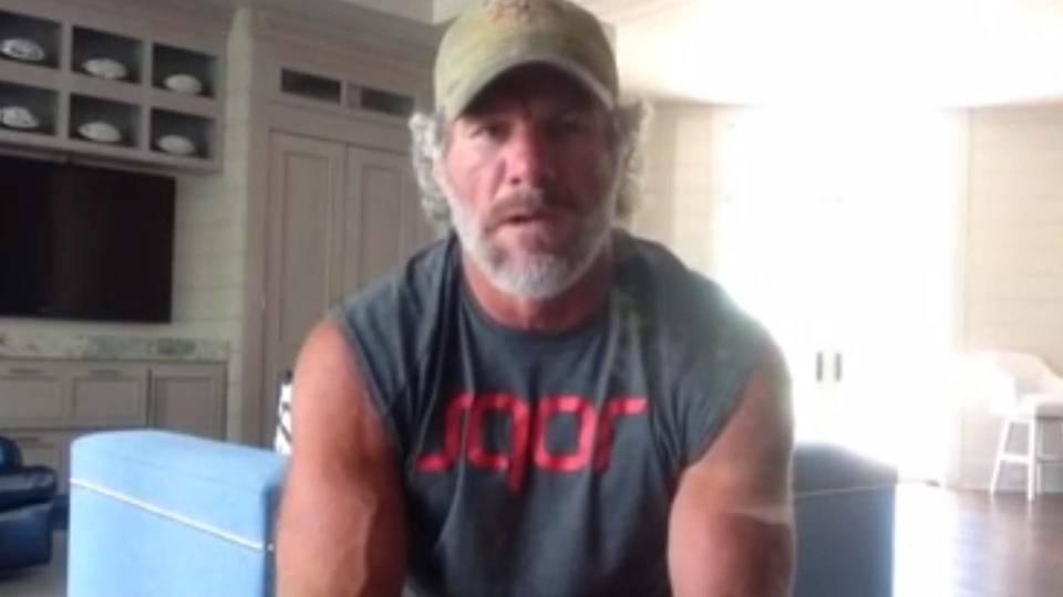 brett favre still bearded and jacked shares his nfl