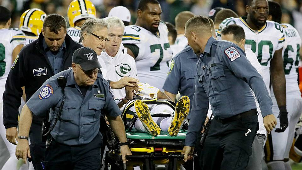 Davante-Adams-stretcher-092917-Getty-FTR.jpg