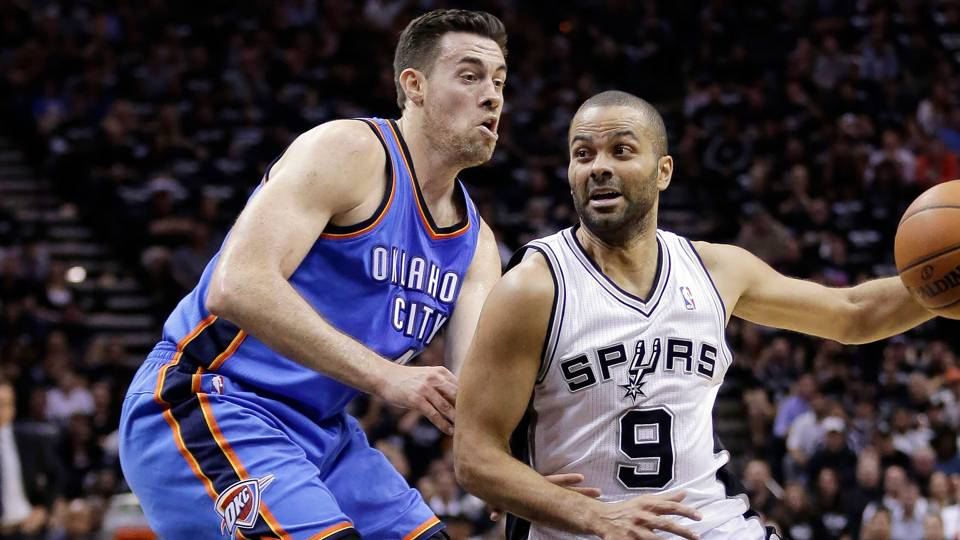 Nick Collison-051914-AP-FTR.jpg
