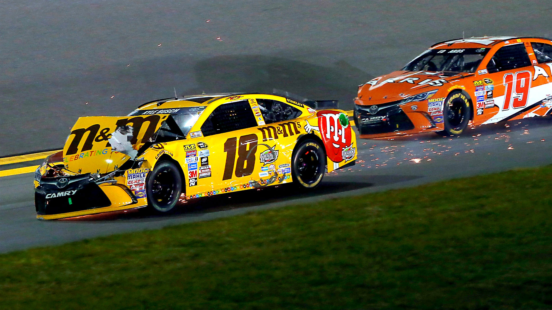 Carl Edwards takes blame for Daytona crash that mangled Kyle Busch\'s ...