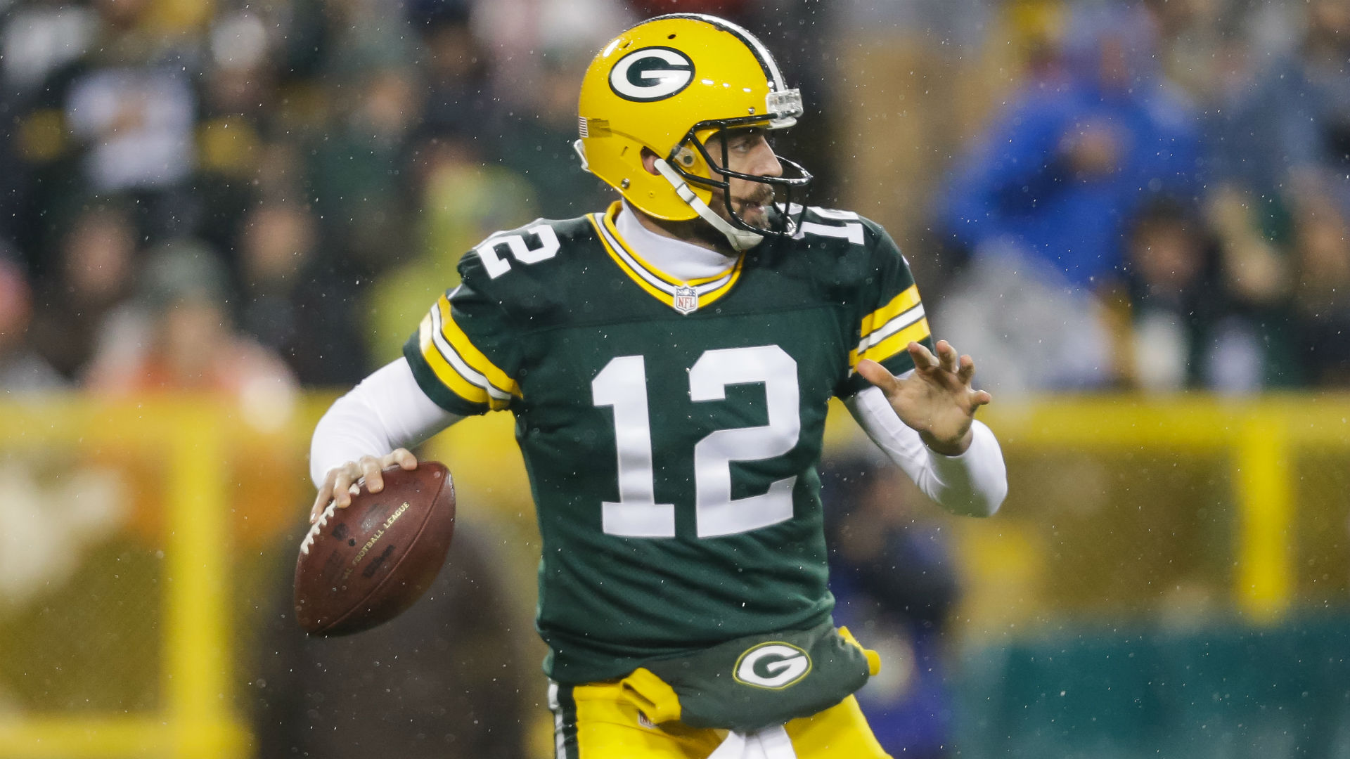Aaron-Rodgers-112615-thanksgiving-Getty-FTR