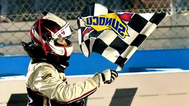 checkeredflag021116-getty-ftr.jpg