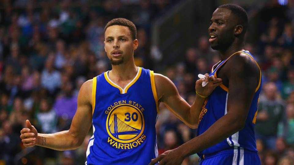 Stephen Curry and Draymond Green lost basketball games to baseball players