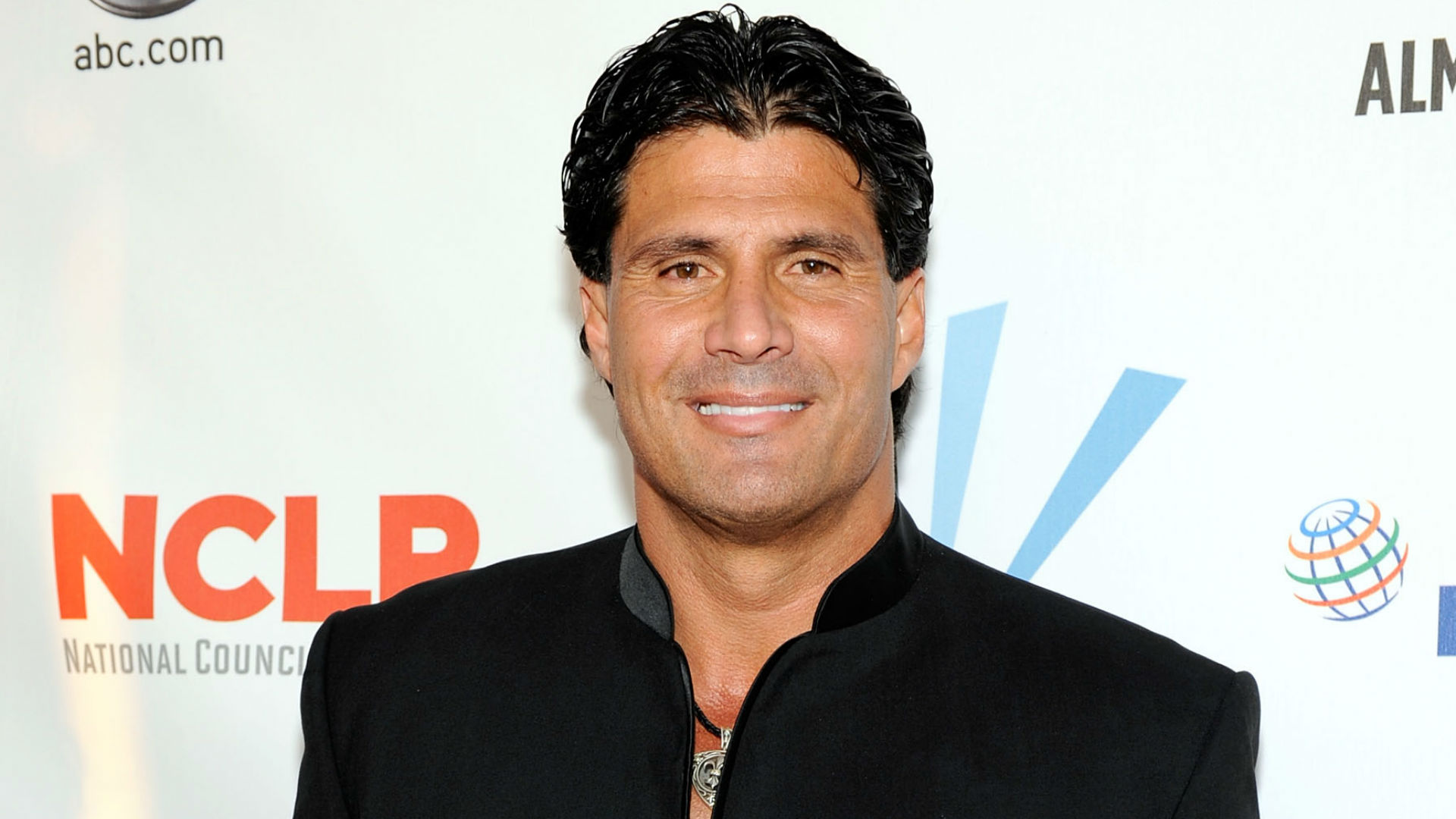 Jose Canseco will support Caitlyn Jenner by living as a woman