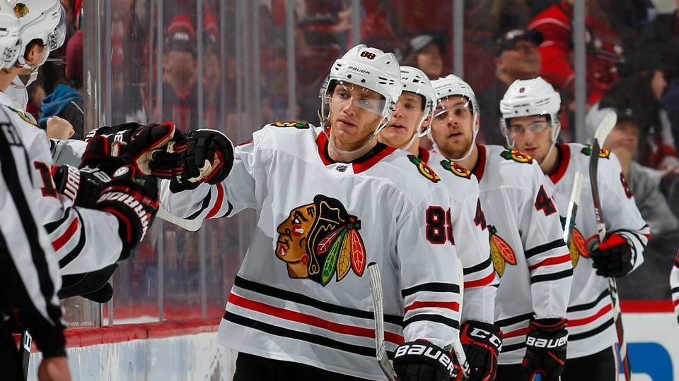 Patrick-Kane-Blackhawks-FTR-122317-Getty