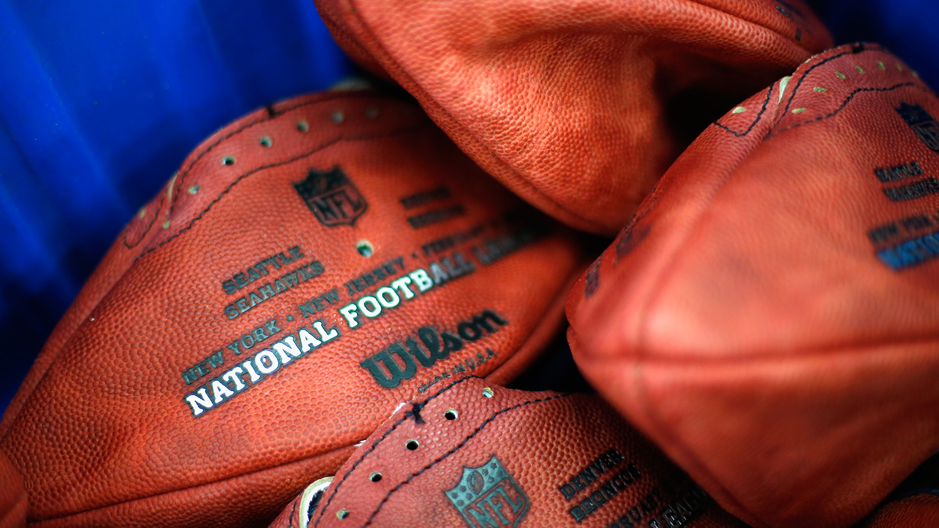 deflated footballs-012215-GETTY-FTR.jpg