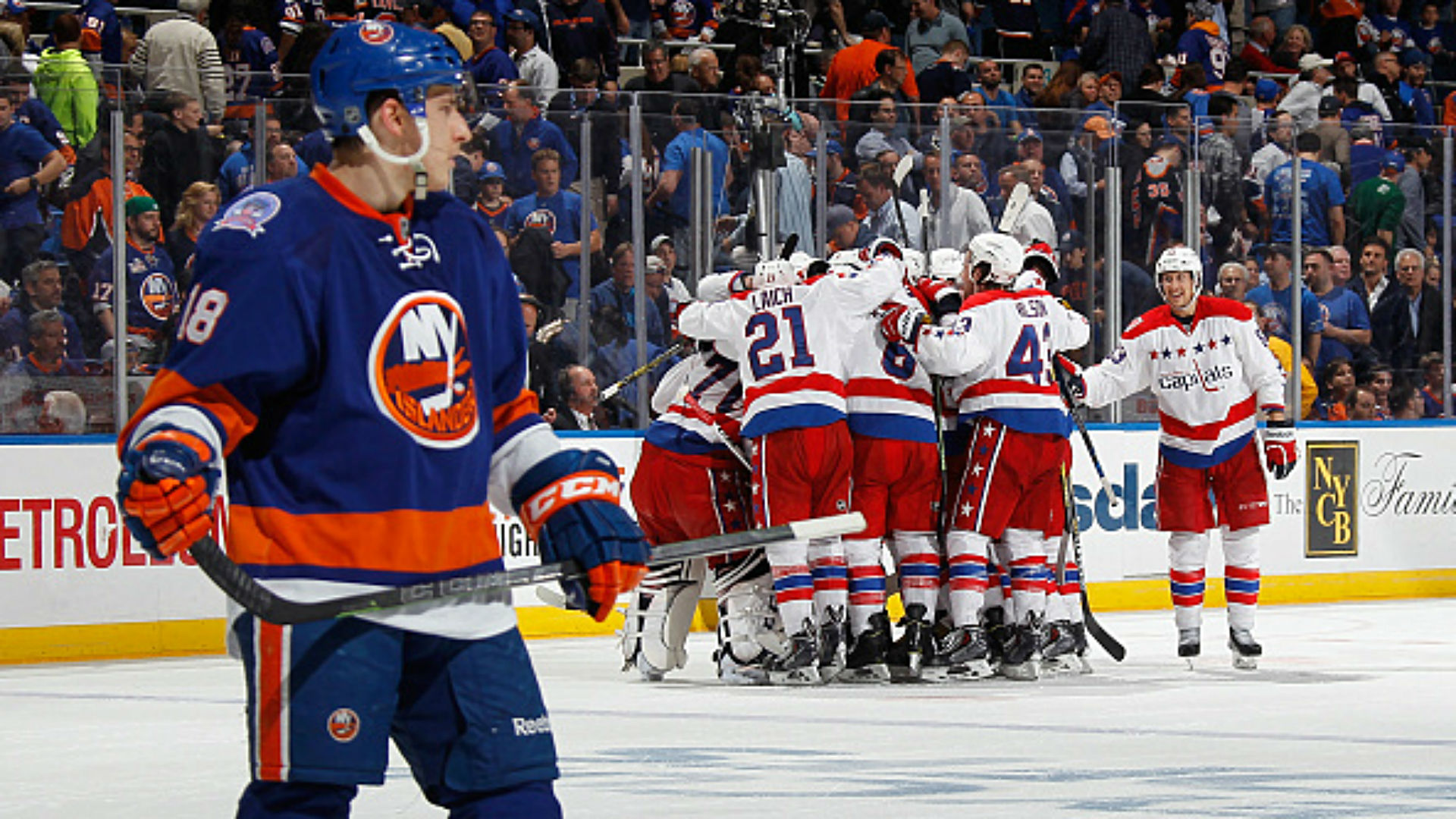 NHL playoff odds, betting lines and totals — this is it for Isles, Preds, Canucks