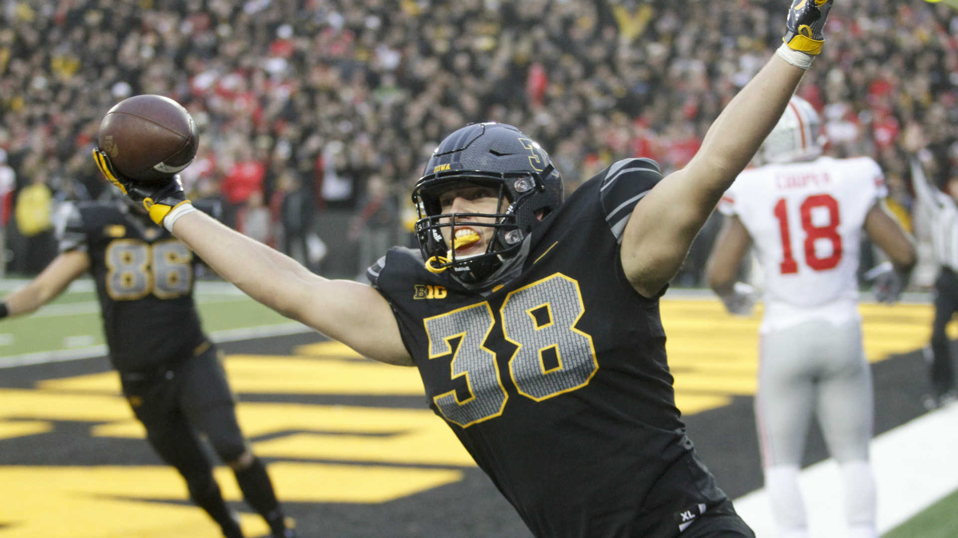 NFL Draft 2019: T.J. Hockenson and the 7 safest prospects on SN's big board