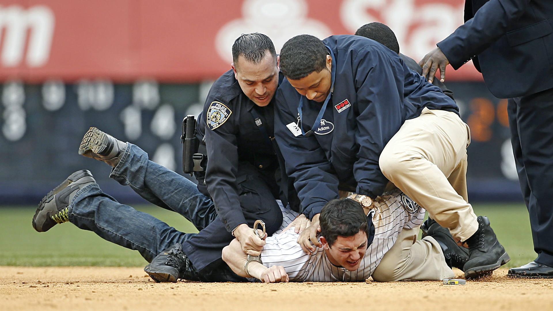 Yankee fans FTR.jpg.jpg
