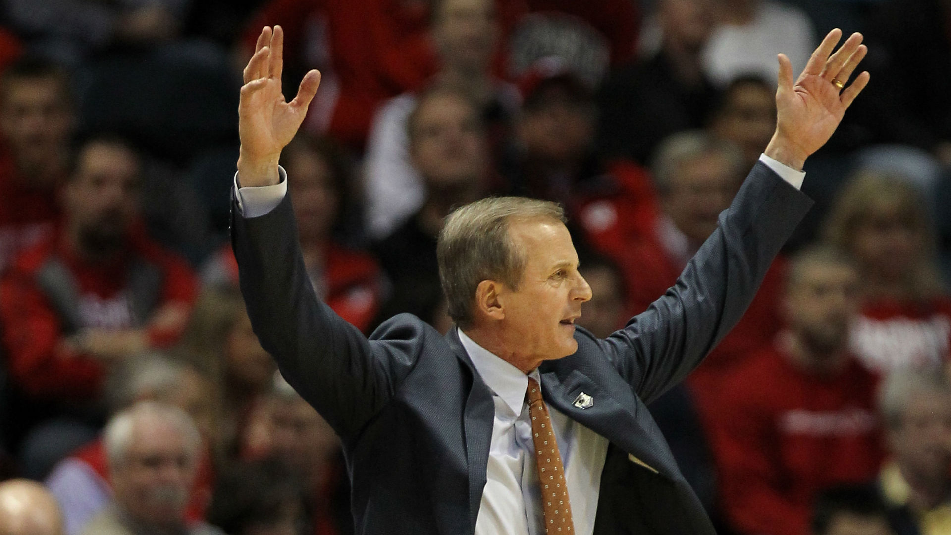Rick Barnes dispels report of cheating at Texas