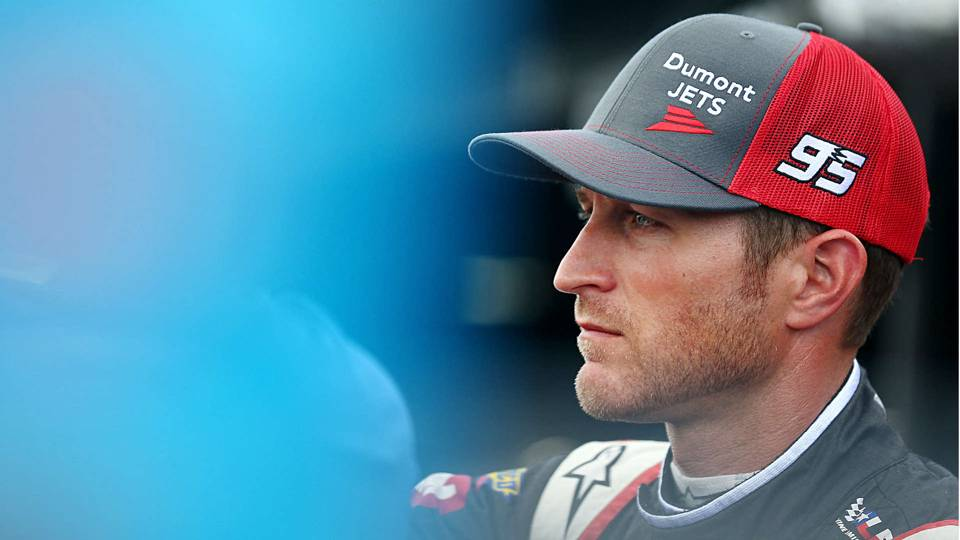 NASCAR at Indianapolis: Kasey Kahne seeking answers to dehydration issues that sidelined him