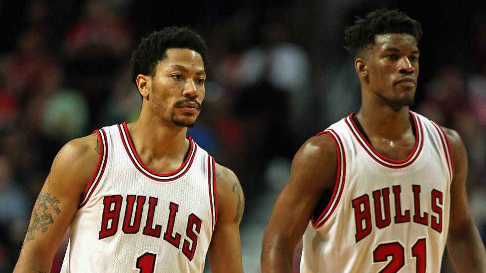 Derrick Rose Jimmy Butler FTR Getty 102415