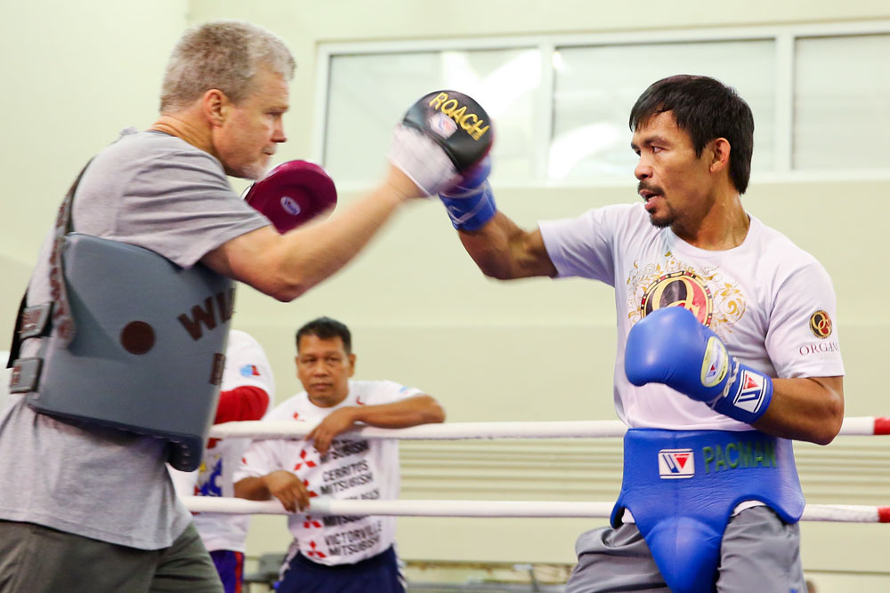 Pacquiao, Matthysse arrive in KL ahead of title fight