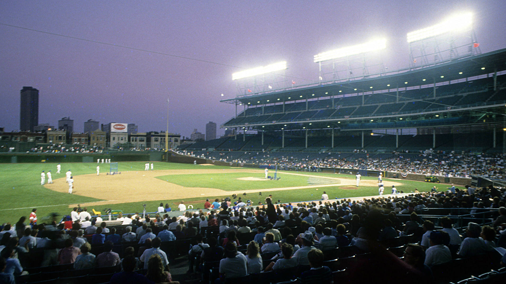 8/8/88: Remembering the first night game at Wrigley Field