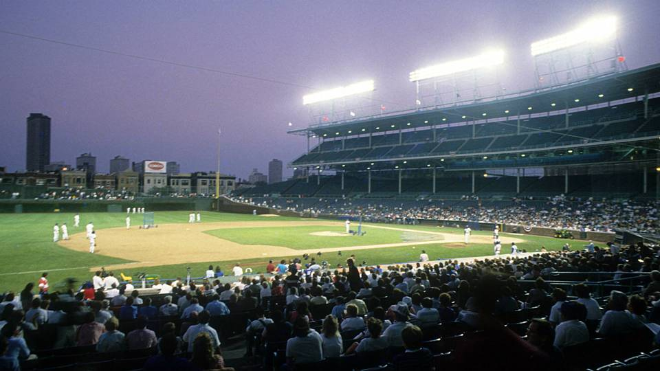 FirstWrigleyNightGame1988-Getty-FTR-080818.jpg