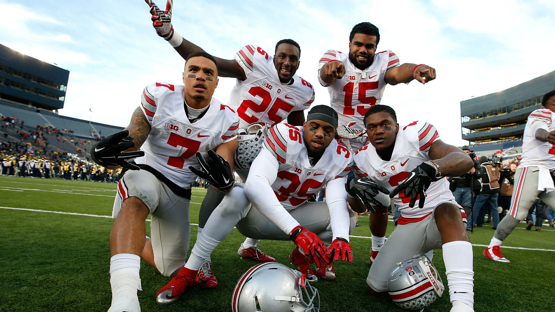 Buckeyes-win=112815-getty-ftr