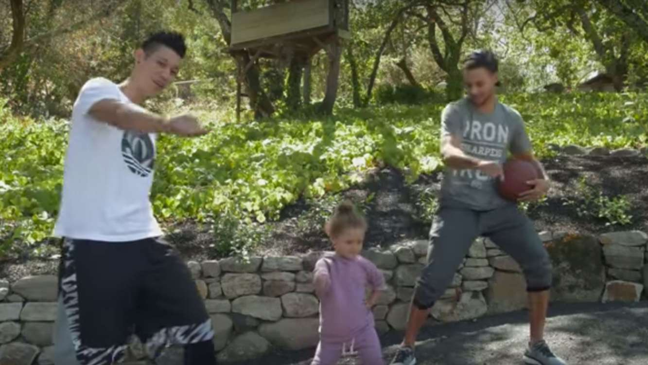 Jeremy Lin explains how he fits in with help from Riley Curry