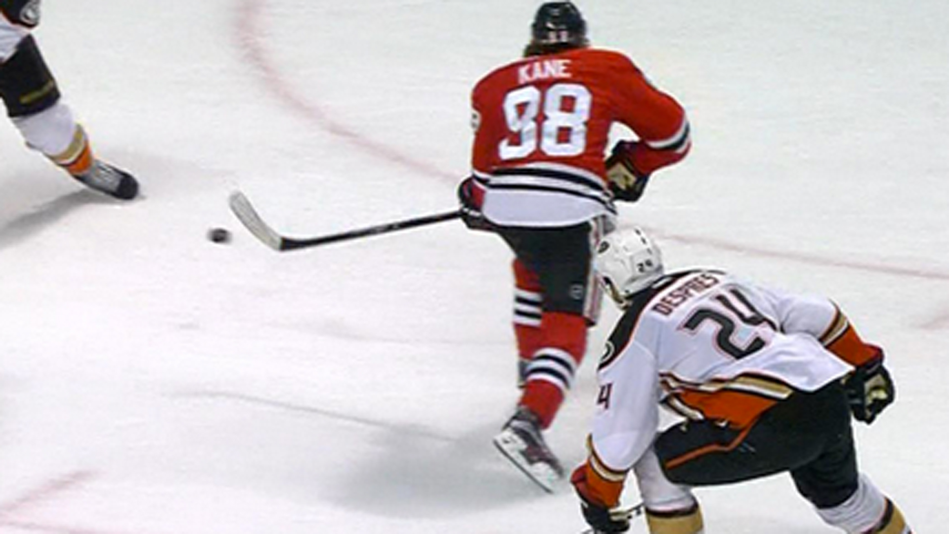 'Playoff' Patrick Kane rips beautiful backhand shot past Frederik Andersen