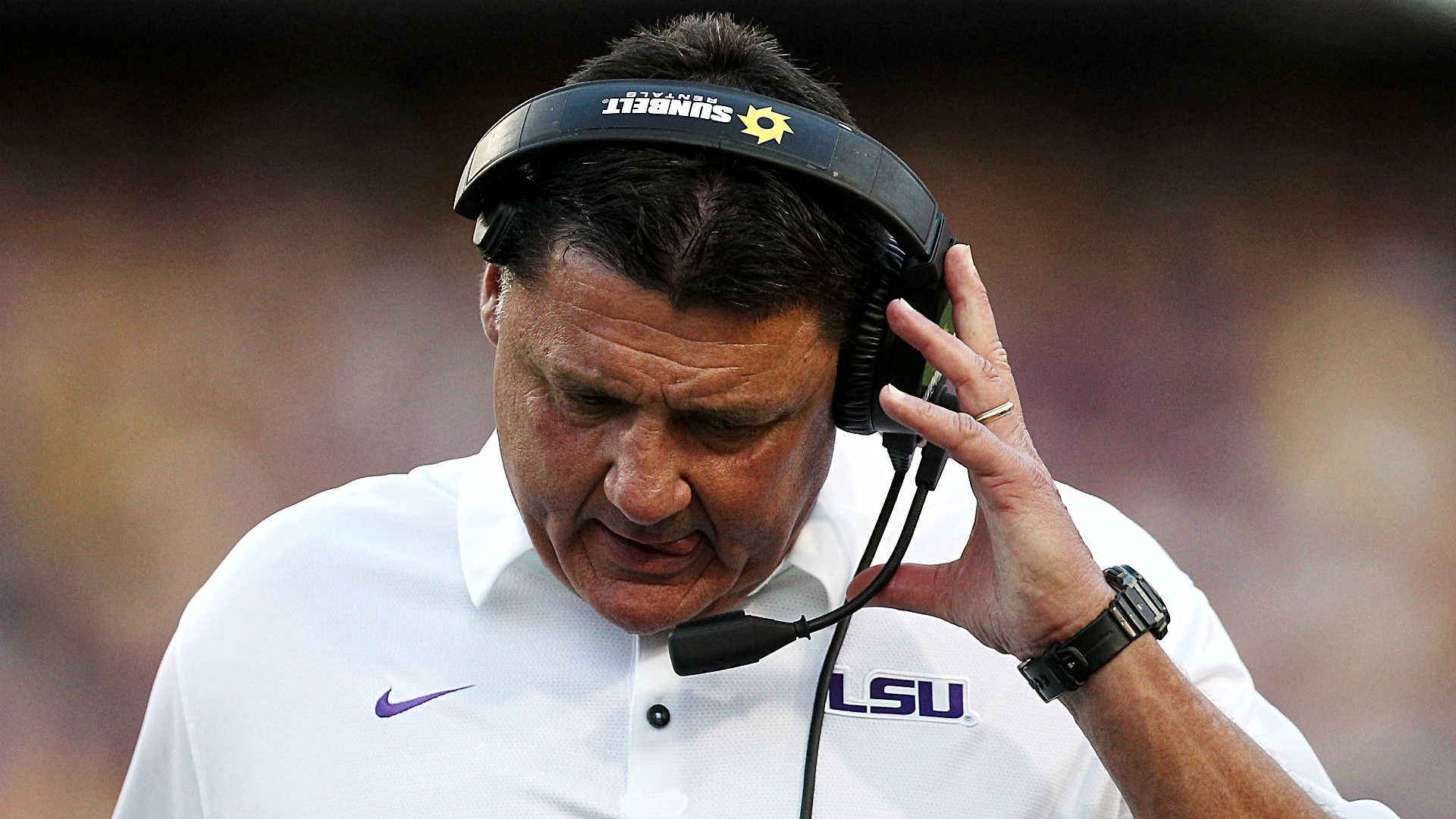 Surging Troy upsets No 25 LSU 24-21 at Death Valley
