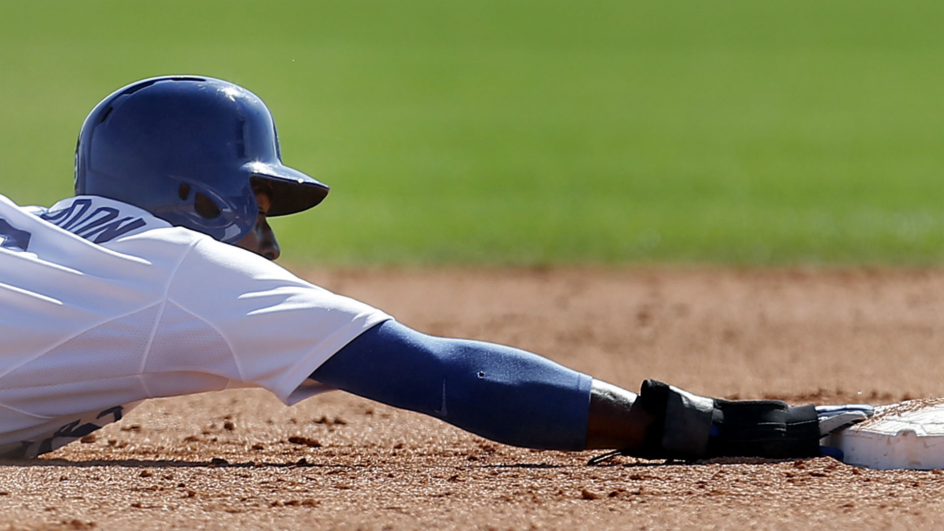 Dee Gordon a short-term answer for stolen bases