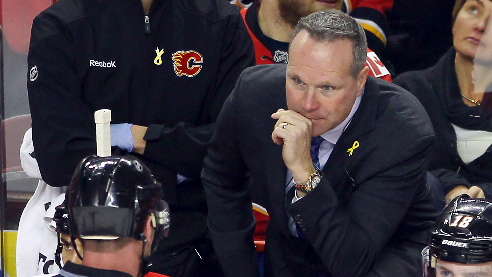 Dave Lowry among names mentioned in Sharks coaching search