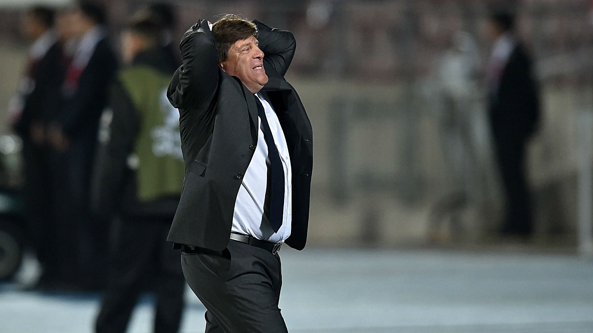 Mexico coach Miguel Herrera fired after allegedly punching reporter