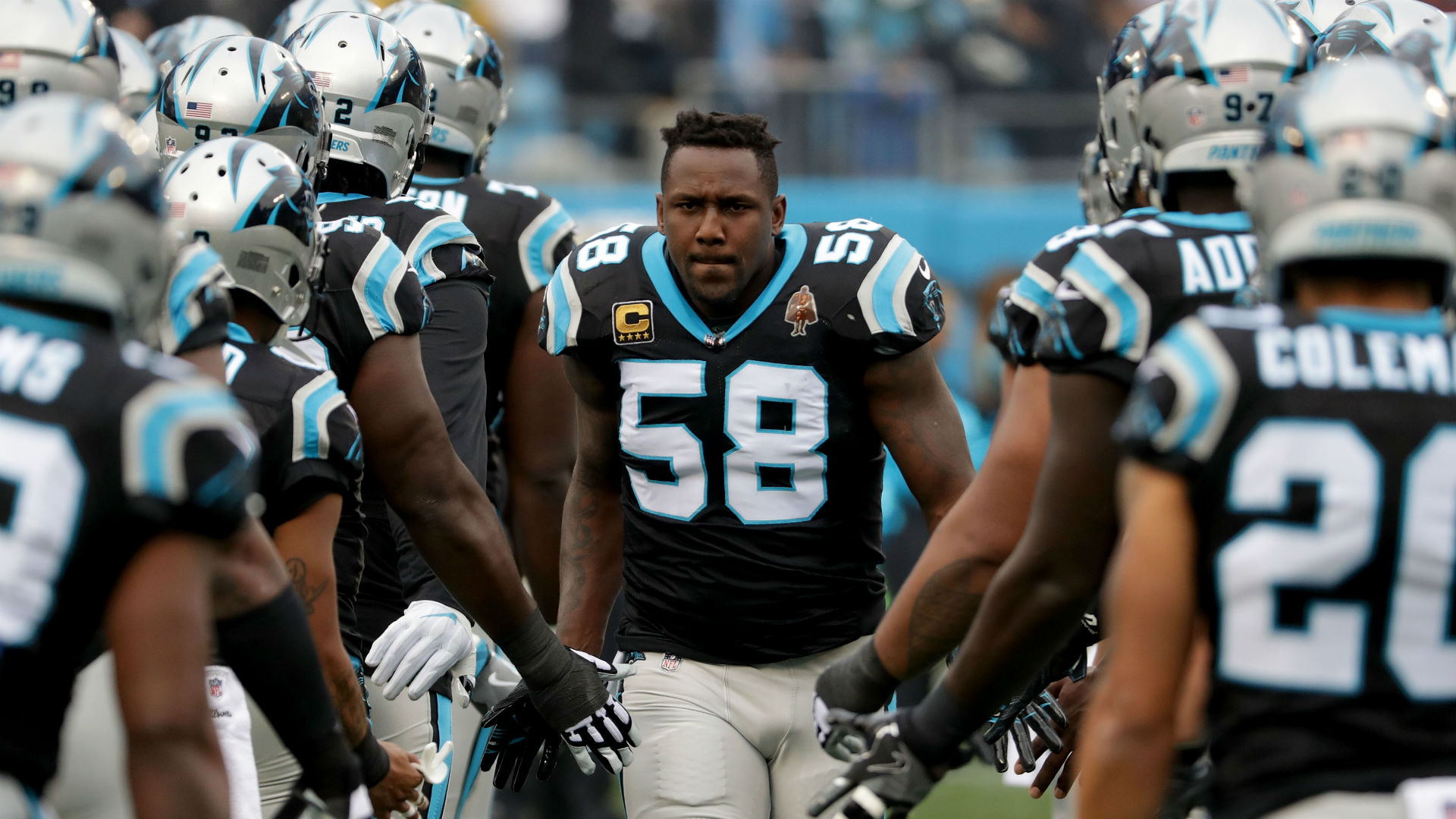 Thomas Davis visibly upset after hit injures Davante Adams