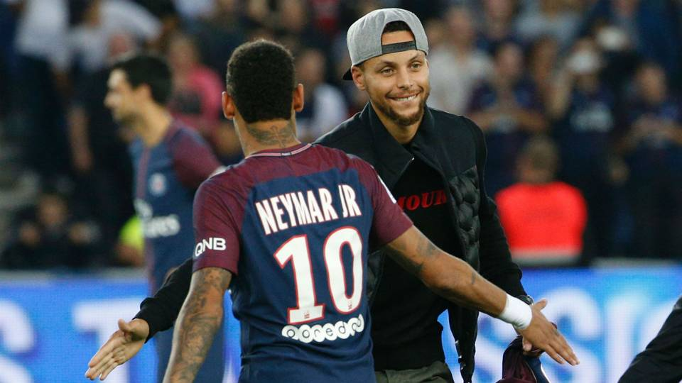 stephen curry reunites with neymar takes first kick at