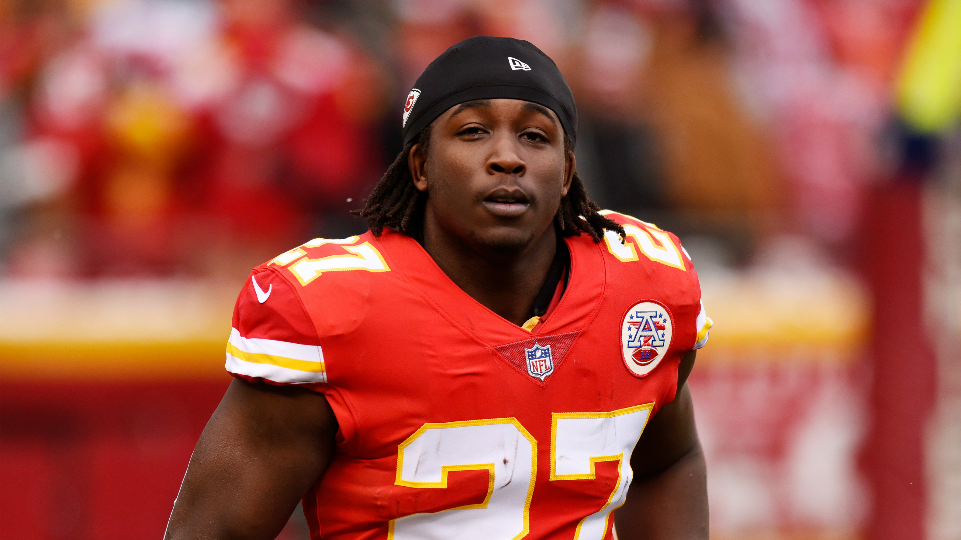 Video released of National Football League  star Kareem Hunt pushing, shoving woman inside hotel