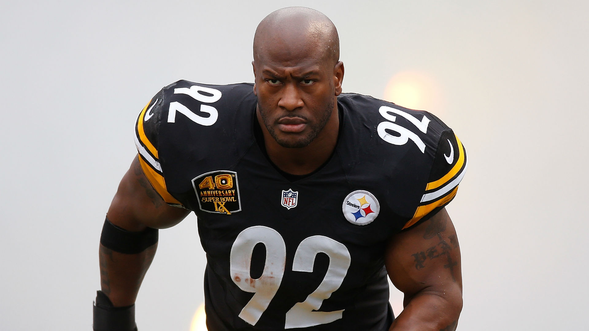 Just another ridiculous day in the gym for James Harrison