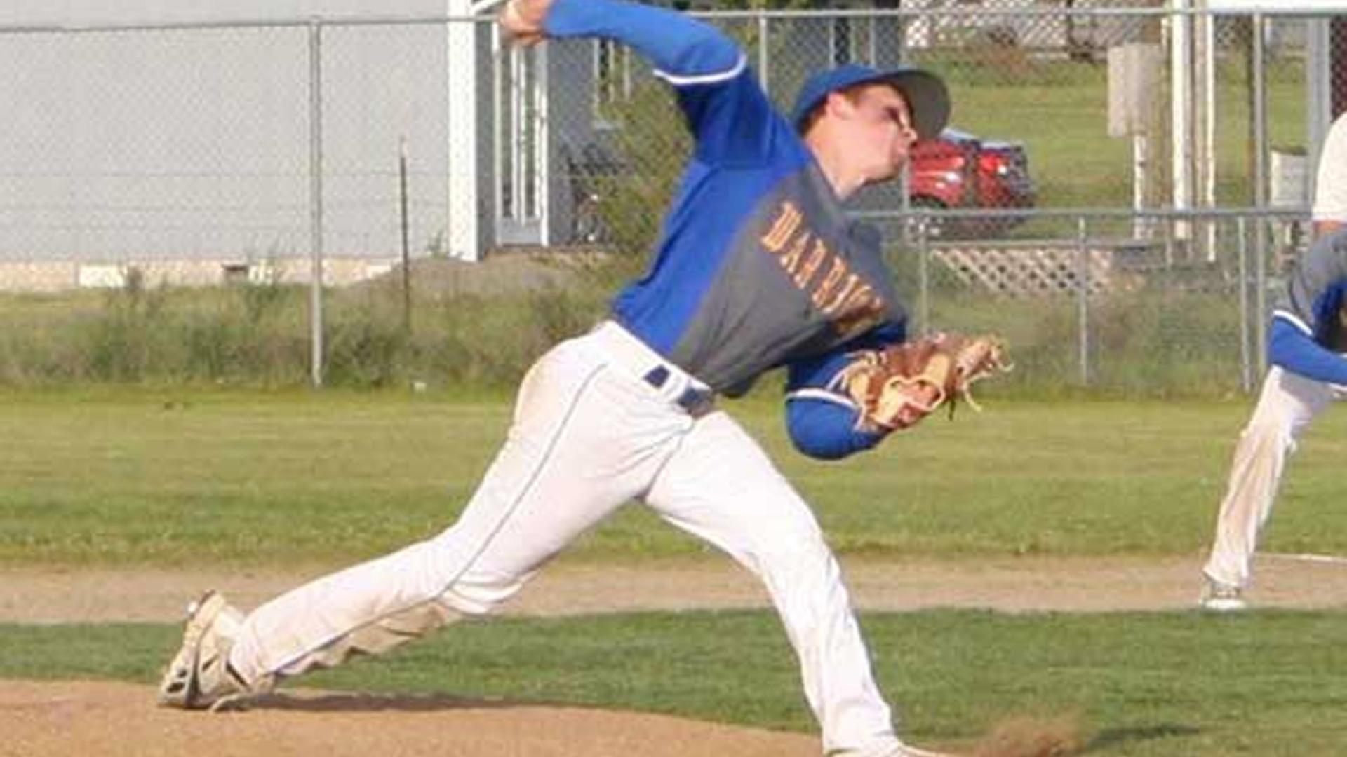 Dylan-fosnacht-pitcher-051414-facebook-ftr_in0dp6s1v05g14ns20ckl5uj2